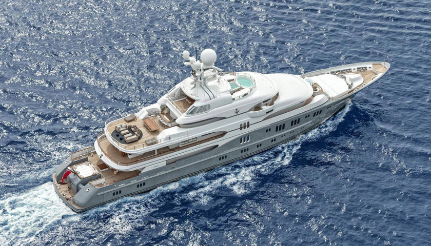 TV superyacht