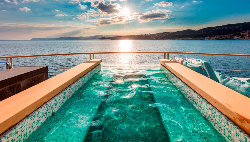 Serenity yacht pool