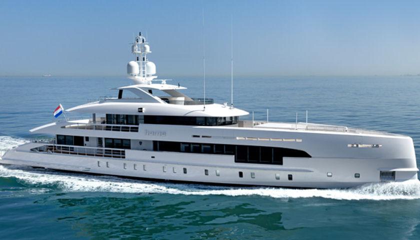 Heesen hybrid yacht
