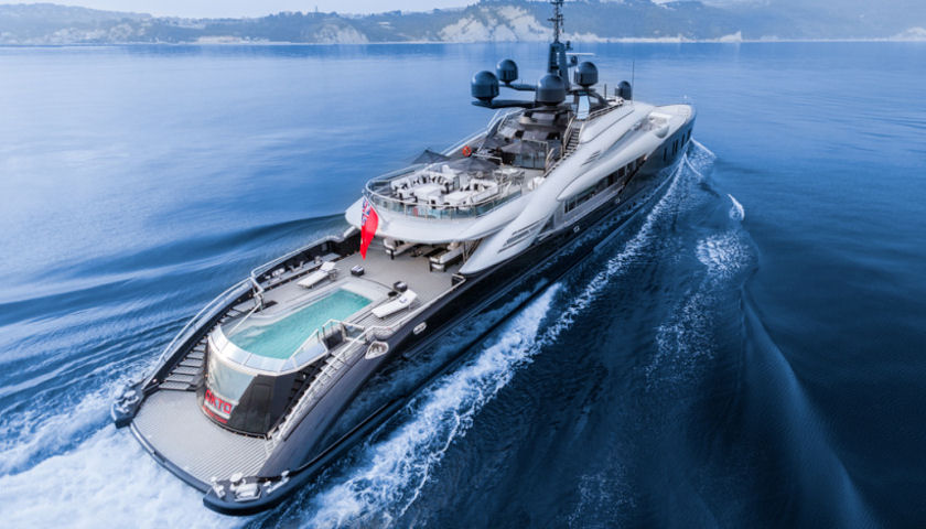 OKTO yacht aerial