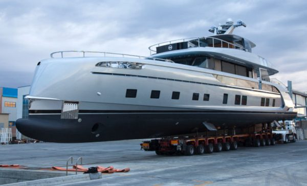 Dynamiq Launches GTT 115 Hybrid Superyacht