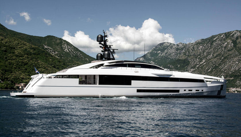 Rossinavi Aurora superyacht