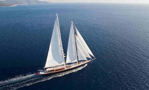 """Sailing yacht featured in James Bond film """"Skyfall"""" sold"""